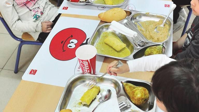 Doce empresas se niegan a prestar el servicio de comedor