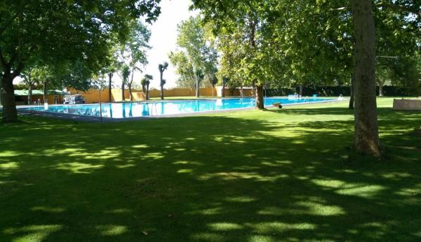 M s de personas pasan por la piscina de baeza - Piscina de jodar ...
