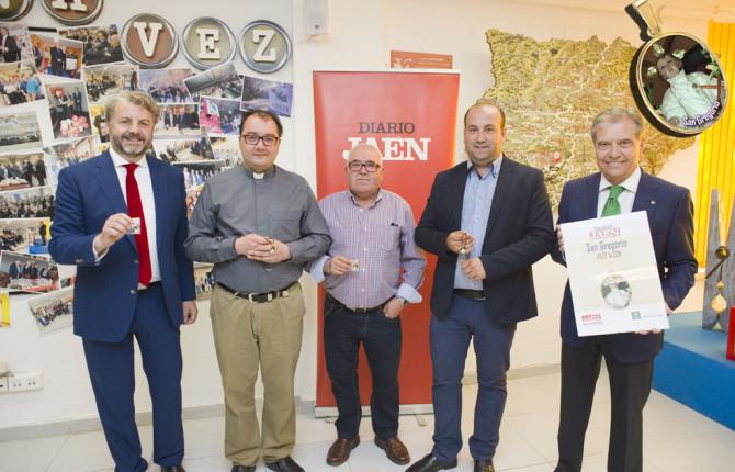 Juan Espejo, Francisco Daniel Villacañas, Anastasio Moreno, Iván Raúl Cruz y José Márquez, en la presentación de la medalla de San Gregorio.