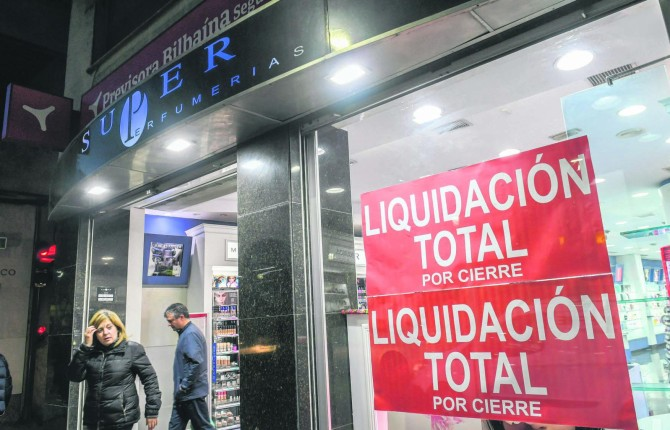SuperPerfumerías cierra tiendas para intentar huir de la quiebra