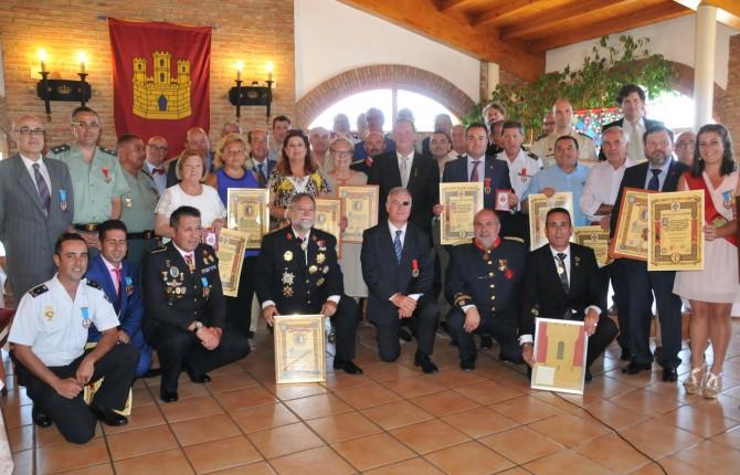 MOTIVO DE SATISFACCIÓN. Los destinatarios de los reconocimientos posan después del acto de entrega de los premios.