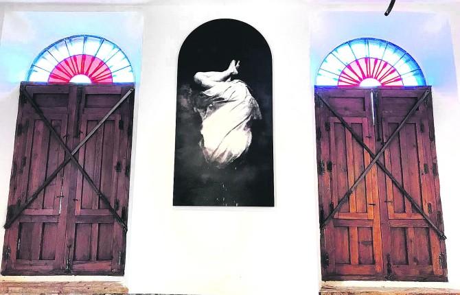 MUESTRA. Cuadro que el pintor Josep Tornero exhibe en la sala de exposiciones de Puente de Génave.