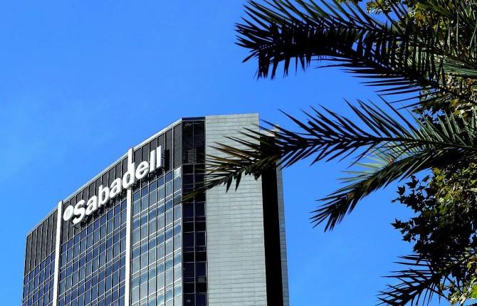 La tensi n en catalu a ahuyenta a sus empresas - Oficinas banc sabadell barcelona ...