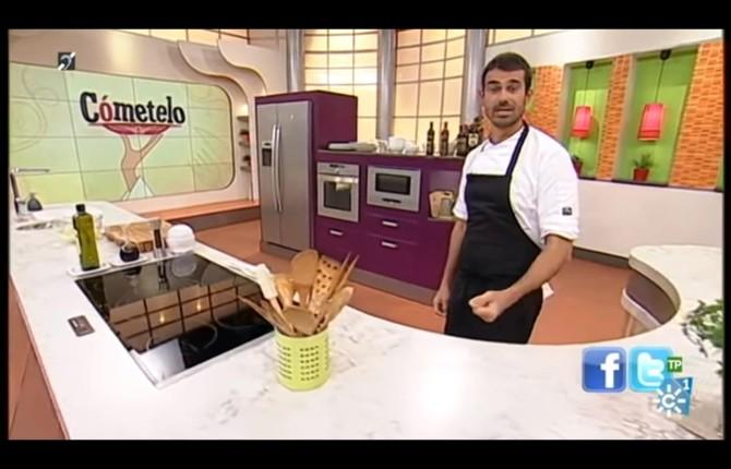 El Chef Enrique Sánchez Conduce El Espacio Gastronómico De Canal Sur.