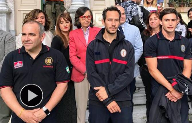 Libertad para los tres bomberos españoles acusados de tráfico de personas en Lesbos.