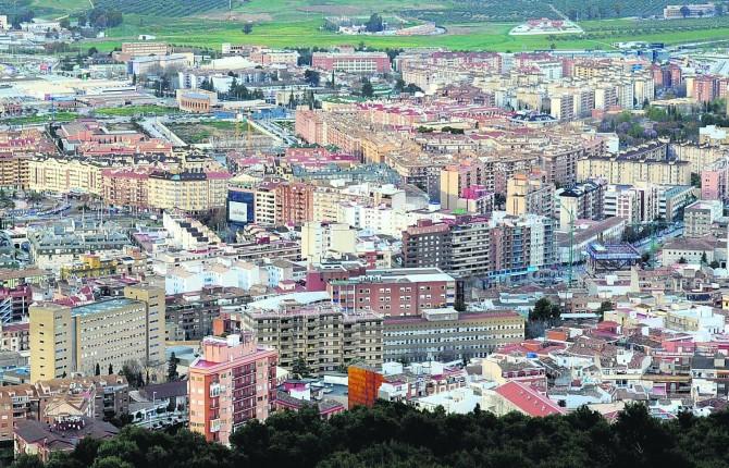 EN CORTO. La capital es la segunda ciudad jiennense con mayor precio medio de la vivienda por metro cuadrado, solo es superada por el municipio de Baeza.