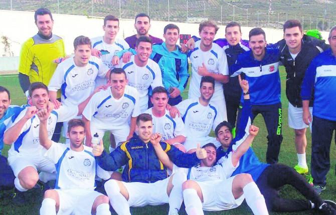 Tiempo en villargordo jaen futbolistas y tcnico del villargordo cf festejan el ascenso with - Tiempo los villares jaen ...